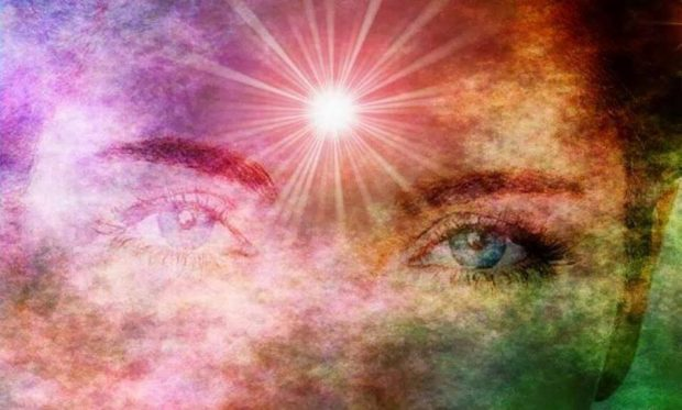 El despertar espiritual. Imagen obtenida gracias a https://hermandadblanca.org/sintomas-del-despertar-espiritual/